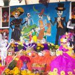 Aprender a hacer: Un altar de Muertos