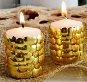 como decorar velas con tachuelas
