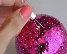 Paso dos esferas de lentejuela