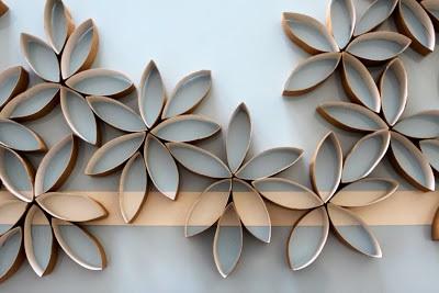 flores con rollos de papel higienico